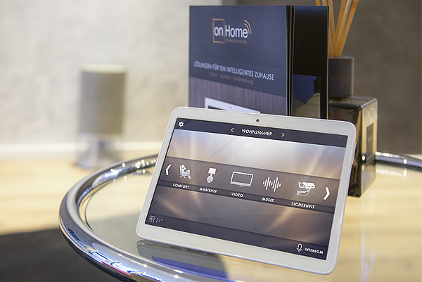 SmartHome Showroom Tablet